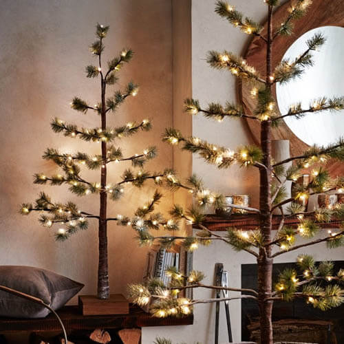 Pre-Lit (4.15ft/6.5ft) Pine Christmas Tree with Snow &