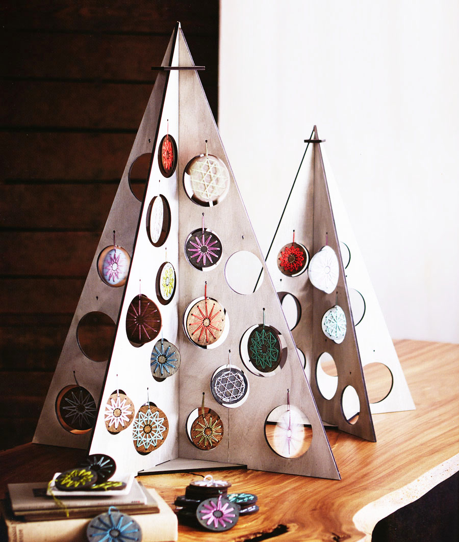 ... Tabletop Silver Christmas Tree Kit Click to view additional images