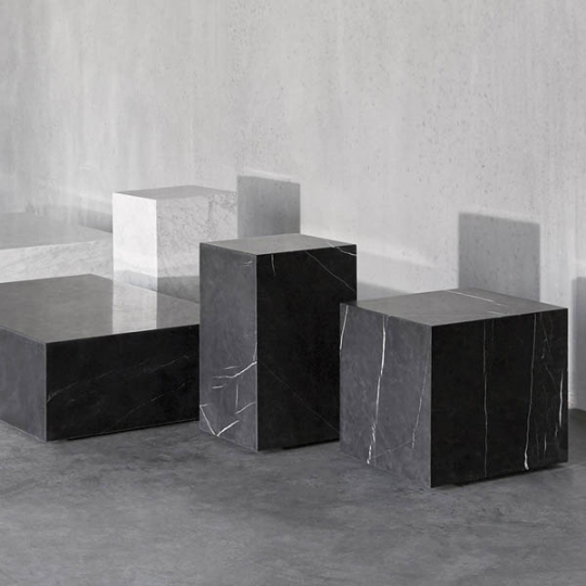 Ordinaire Classic Marble Side Table   Square/Plinth/Pedestal: NOVA68.com