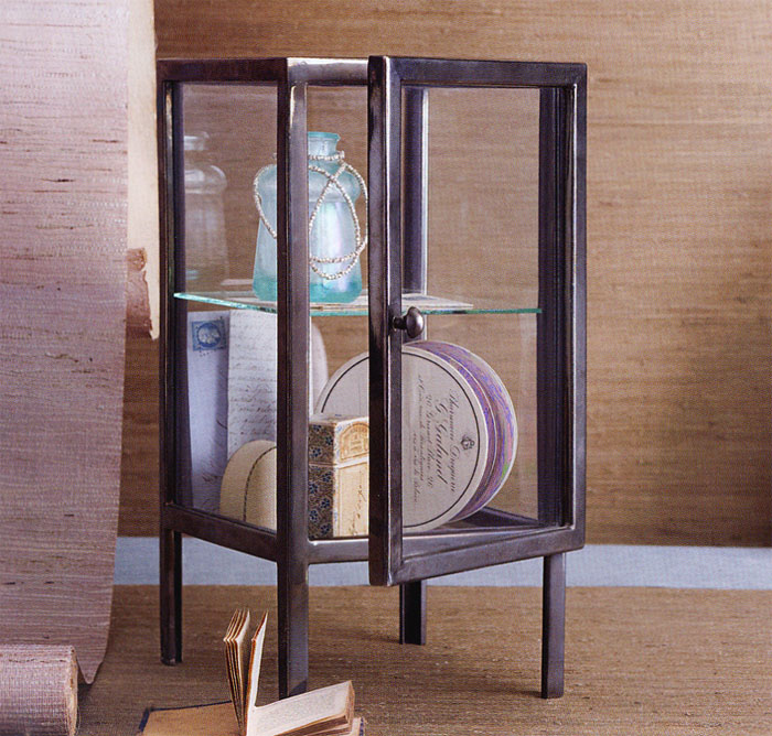 Small Makeup Table Vanity Jewelry Display Case